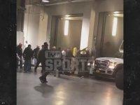 Conor Mcgregor'un UFC Otobüsüne Yaptığı Saldırı