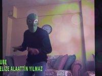 Şanzelize Alaattin Yeşil Uzaylı Dansı