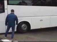 Vitesleri Karıştıran Otobüs Şoförü