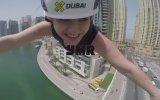 Yağmur Sarıoğlu'nun Dubai'de Zipline Yapması