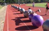 Pilates Topu Sörfüyle Dünya Rekoru