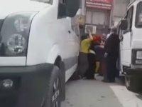 Rahatsız Eden Adamı Sokak Ortasında Döven Kadınlar - Elazığ
