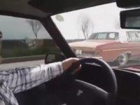 Tofaşçı Dayının Klasik Araba ile Ölümüne Kapışması