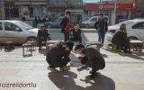 Cizre'de 5 Lira'yla İnsanları Trollemek