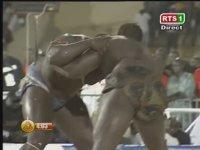 Ne Olduğu Anlaşılmayan Senegal Güreşi