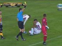 Oscar Cardozo'nun Badi Ekrem Taklasıyla Penaltı Kazanması