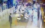Sandalyeli Sokak Kavgası  İzmir