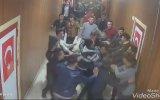 Okul Koridorunda Tekme Tokat Kavga Eden Liseliler