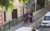2 Genç Kızın Kavgası  İstanbul