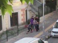 2 Genç Kızın Kavgası - İstanbul