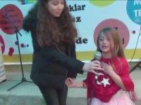 İstiklal Marşı Performansıyla Ağlayan Çocuk
