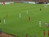 TFF 3. Lig Play-Off Final Maçında Saha Ortasına Bayrak Dikilmesi