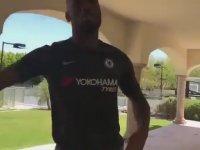 Didier Drogba'dan Gomis Taklidi