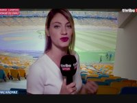 Kiev Olimpiyat Stadyumu'nda Sahanın Yarısını Görmeyen Koltuklar