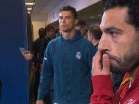 Ronaldo'nun Salah'a Bakışı - Şampiyonlar Ligi Finali