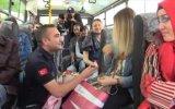 Halk Otobüsünde Evlilik Teklif Eden Zabıta