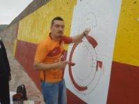21. Şampiyonluğa 21 Metre Galatasaray Bayrağı Çizmek