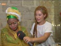 Zanzibar'daki Gelin Baba Evinden Nasıl Çıkar?
