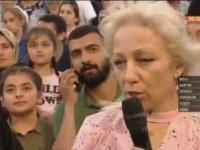Nihat Hatipoğlu'nun Programında Müslüman Olan Kadın
