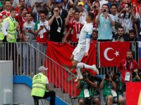 Cristiano Ronaldo'nun Gol Sevincinde Görünen Türk Bayrağı
