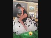 Deniz Akkaya'nın Mayoyla Rodeo Yapması