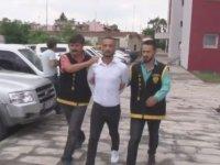 Yarışmacı Arkadaşlara Başarılar Dileyen Arsız Hırsız - Adana