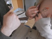 Dövmeciye Veren Kız (Konulu)