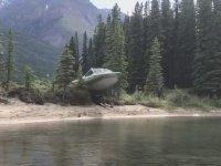Tekne ile Uçarak Eğlenen Adamlar