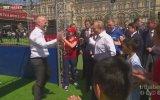 Putin'den Kızıl Meydan'da Futbol