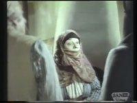 Aşkın Zaferi - Hülya Koçyiğit & Aytaç Arman (1973 - 83 Dk)