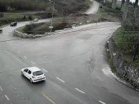 Traktörle Drift Kazası Yapan Adam