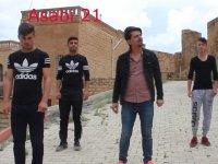 Dj Peruk Feat Mc Hellboy (Bonus Erkek Dansçılar)