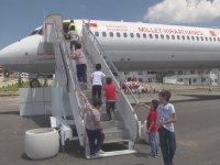 Millet Kıraathanesi Olarak Hizmet Vermeye Başlayan Eski Uçak