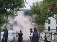 Beyoğlu'nda Canlı Yayın Sırasında Çöken Bina