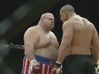 MMA Dövüşcüsünü Deviren Yağ Tulumu