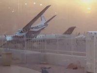 Uçağa Hasar Veren Kum Fırtınası