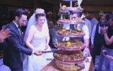 Düğünde Yaş Pasta Yerine Çiğ Köfte Kesmek