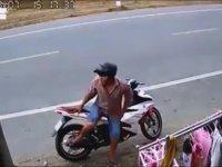 Motosikletli Külot Hırsızı Çinli