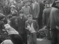 Seyyar Bitpazarının Beyazıt Meydanında Kurulması (1973)