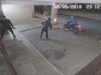 Hırsızın Cam Kırmak İsterken Arkadaşının Kafasını Kırması