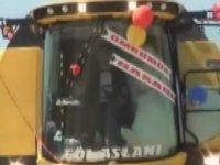 Çorumlu Çiftin Biçerdöveri Gelin Arabası Yapması