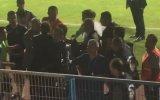 Erzurum'da Emre Belözoğlu'na Saydıran Taraftarlar