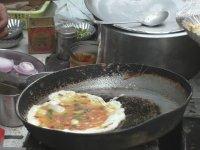Hint Sokak Yemeği - Ekmek Omlet