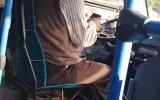 Telefondan Fırsat Buldukça Otobüs Kullanan Şoför