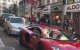 Lamborghini'nin Üstünden Geçen Adamın Sahibine Yakalanması