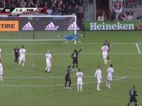 John Rooney'nin Frikikten Muazzam Gol Atması