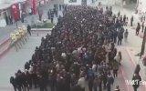 İzmir Kız Lisesi Öğrencilerinin Andımızı Okuması