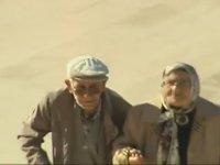 29 Ekim Sabahı Anıtkabir'e Gelen Yaşlı Çift