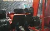 Bacak Egzersizi Yaparken Bacağı Kırmak 18