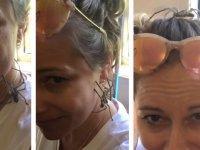 Boynunda Dev Örümceği Gezdiren Kadın